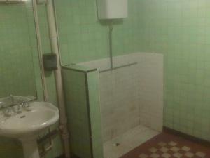 The classic trough bathroom